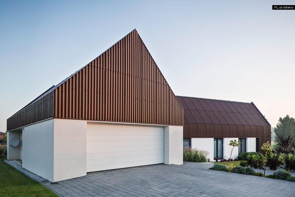 nowoczesna stodoła pokryta płytą falistą projektu PL.architekci